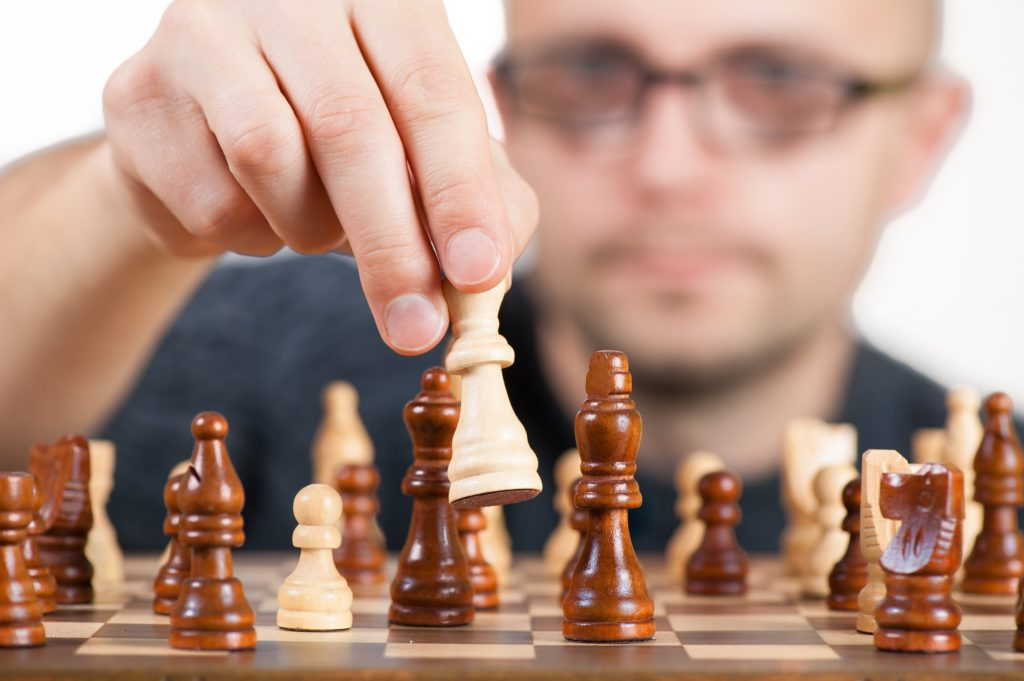 Chess vs. Rock, Paper, Scissors – Which Investment Game are you Playing?